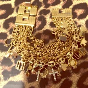 Jewelry - Vintage Gold Layered Chains & Charms Bracelet